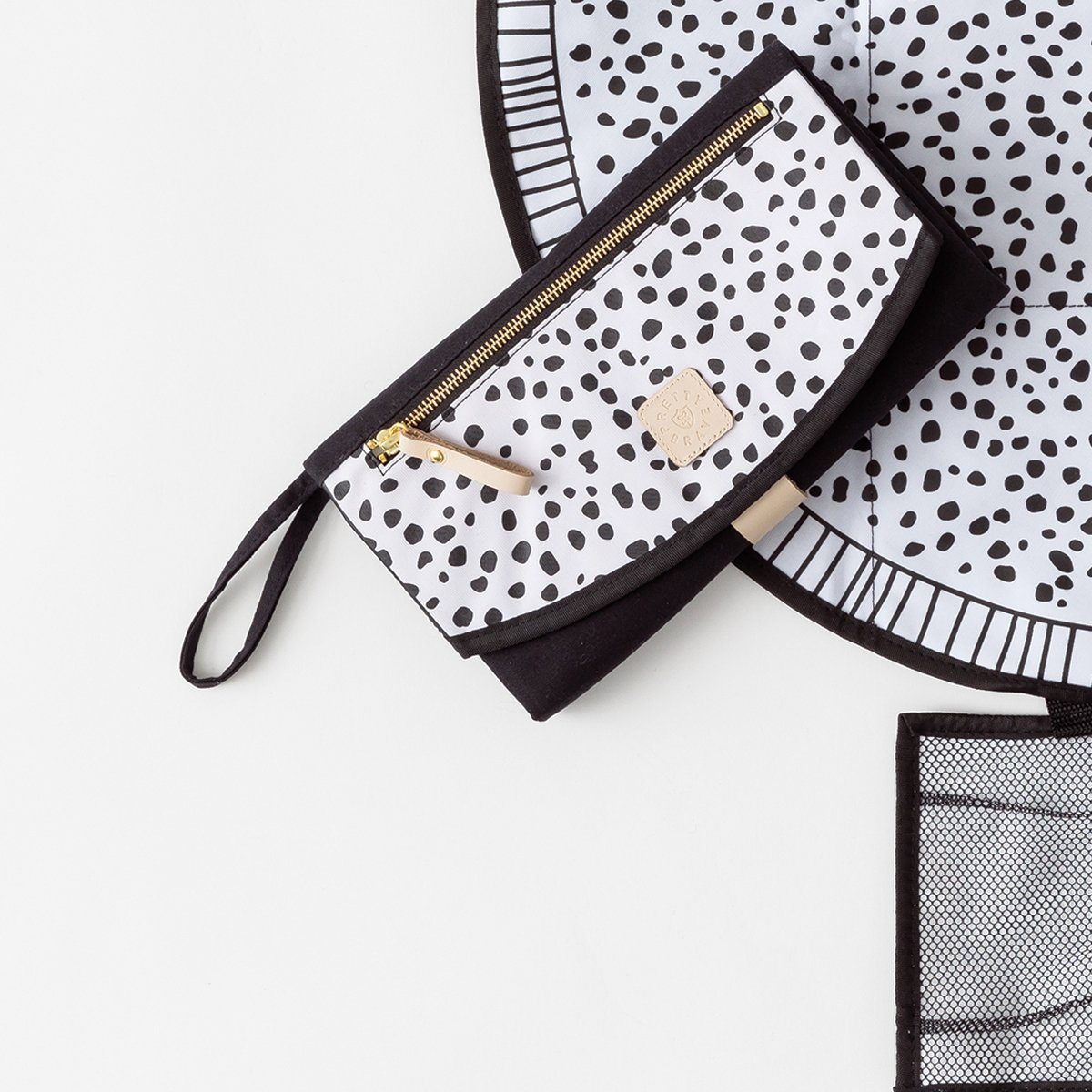 Pretty Brave - The Roundabout Change Clutch - Wild Spots Gifts Pretty Brave