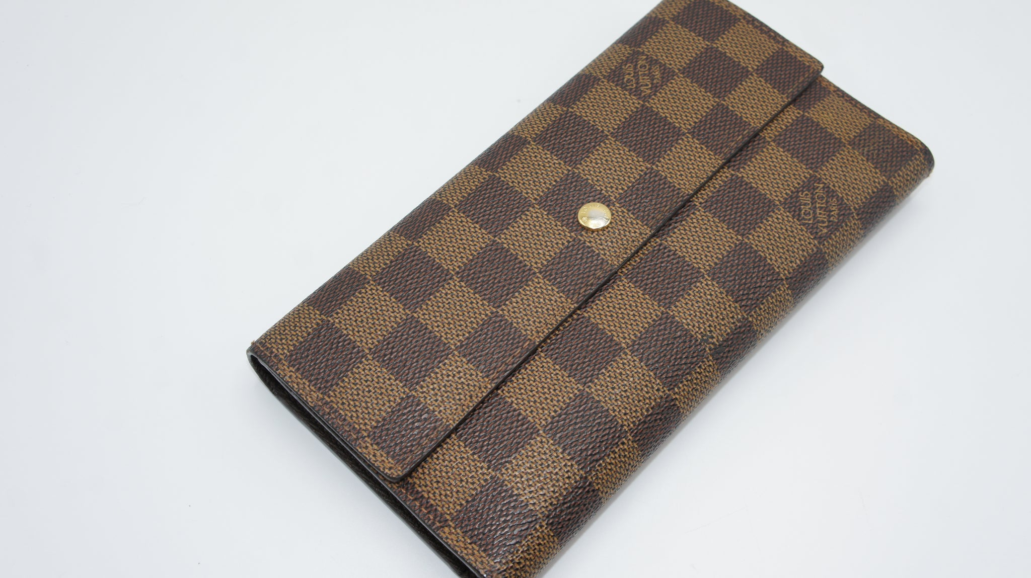 Louis Vuitton Damier Ebene Wallet - Iconics Preloved Luxury