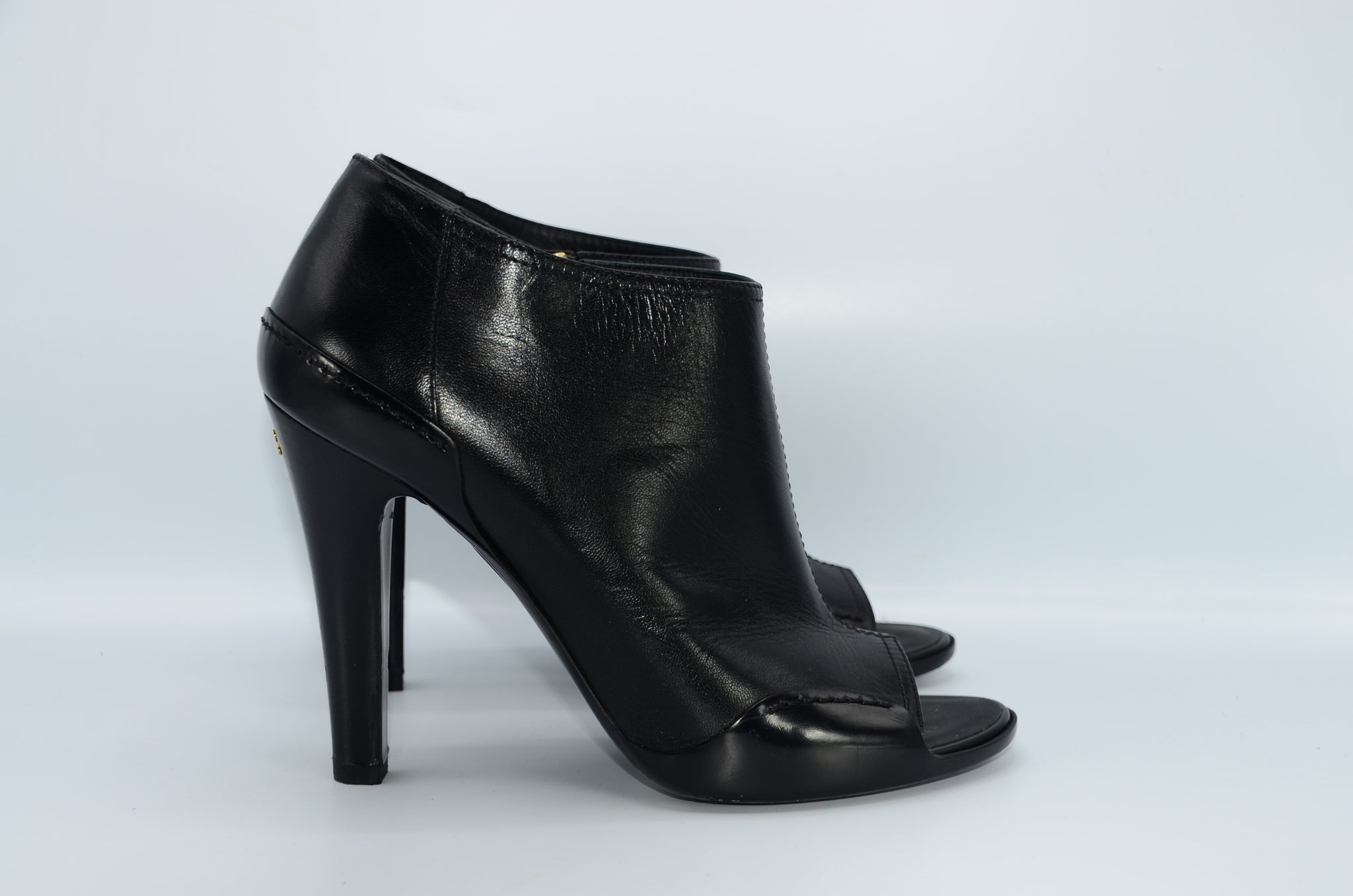 Chanel Open toe boots 39