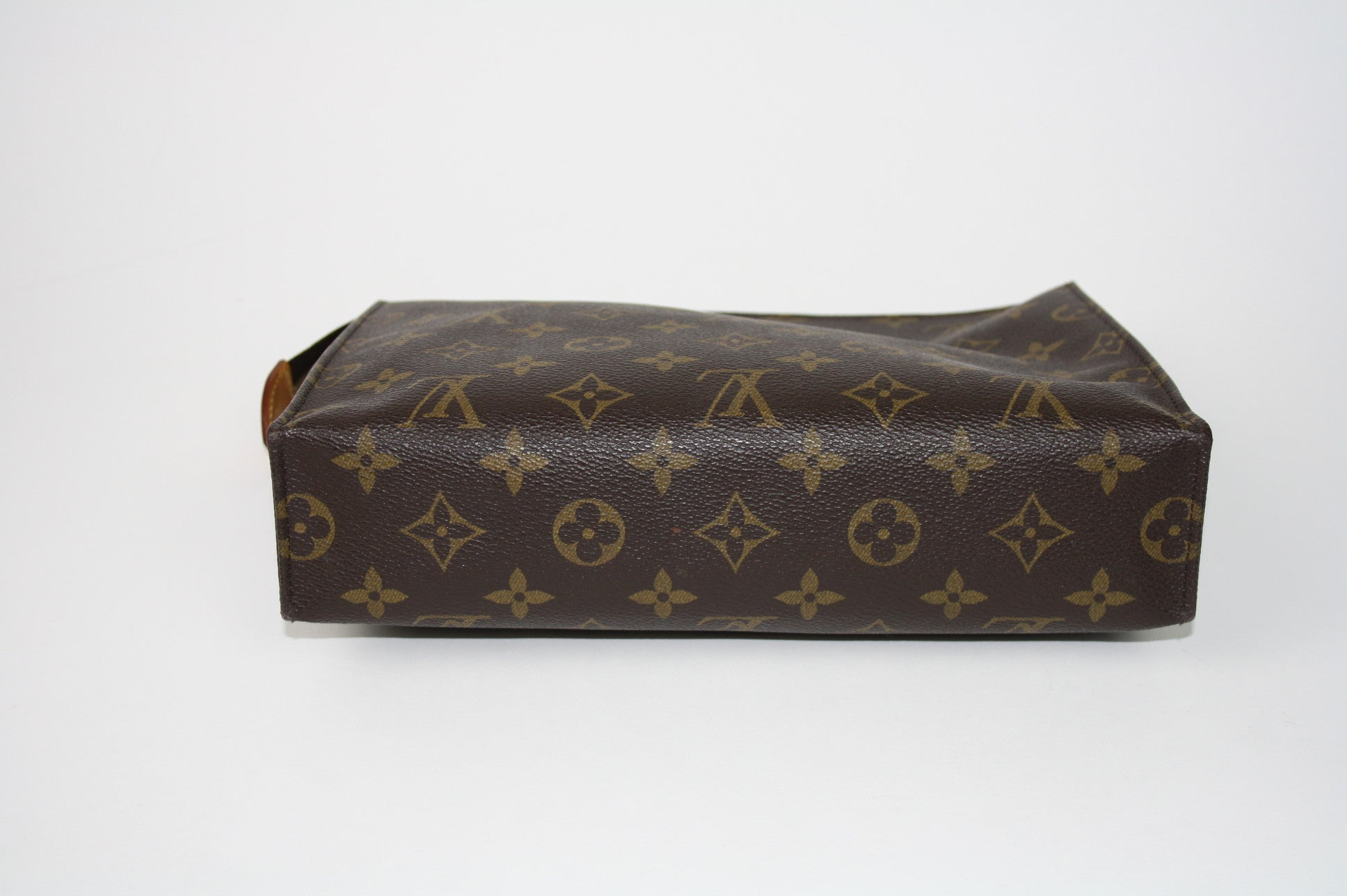 Louis Vuitton Toiletry 26 - Iconics Preloved Luxury