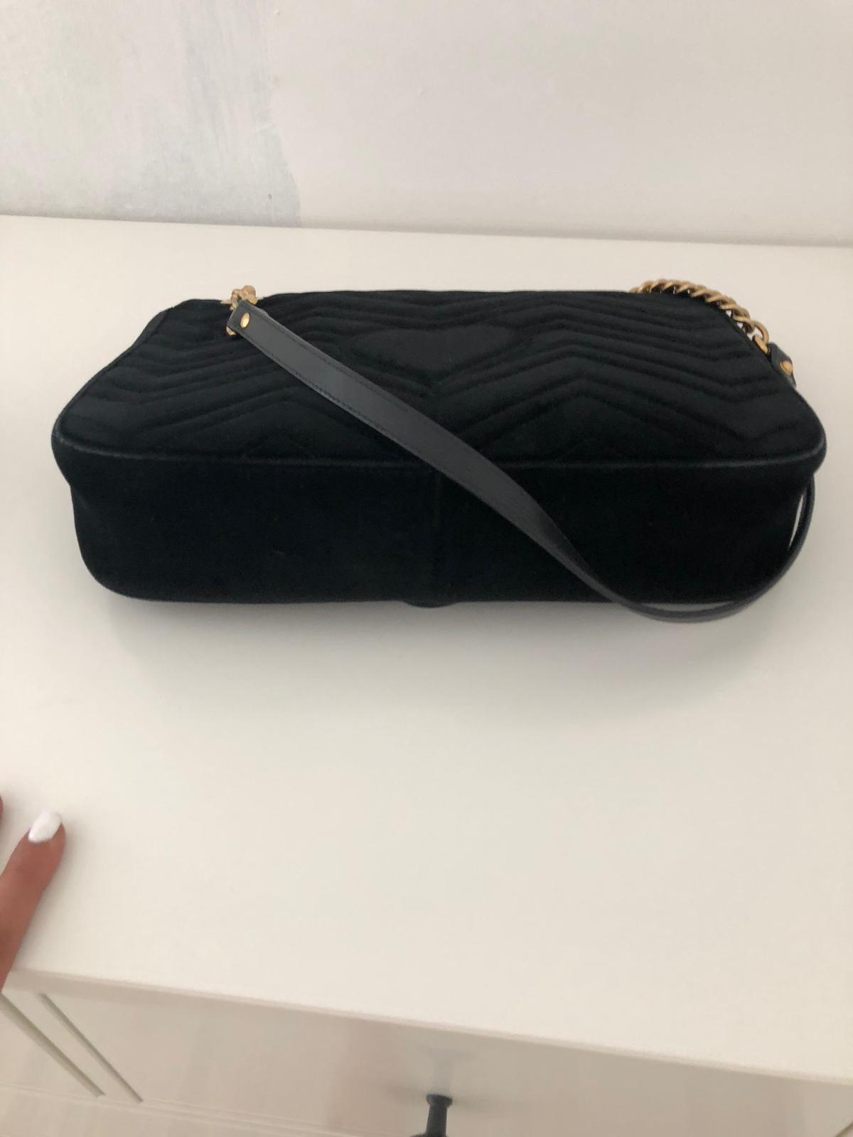Gucci Marmont Velvet  Medium - Iconics Preloved Luxury