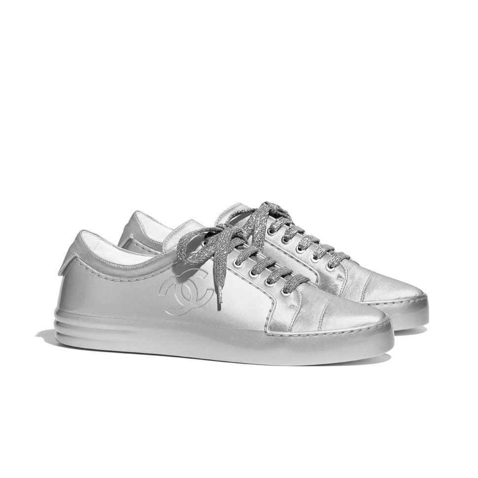 chanel low trainer low sneakers preloved luxury
