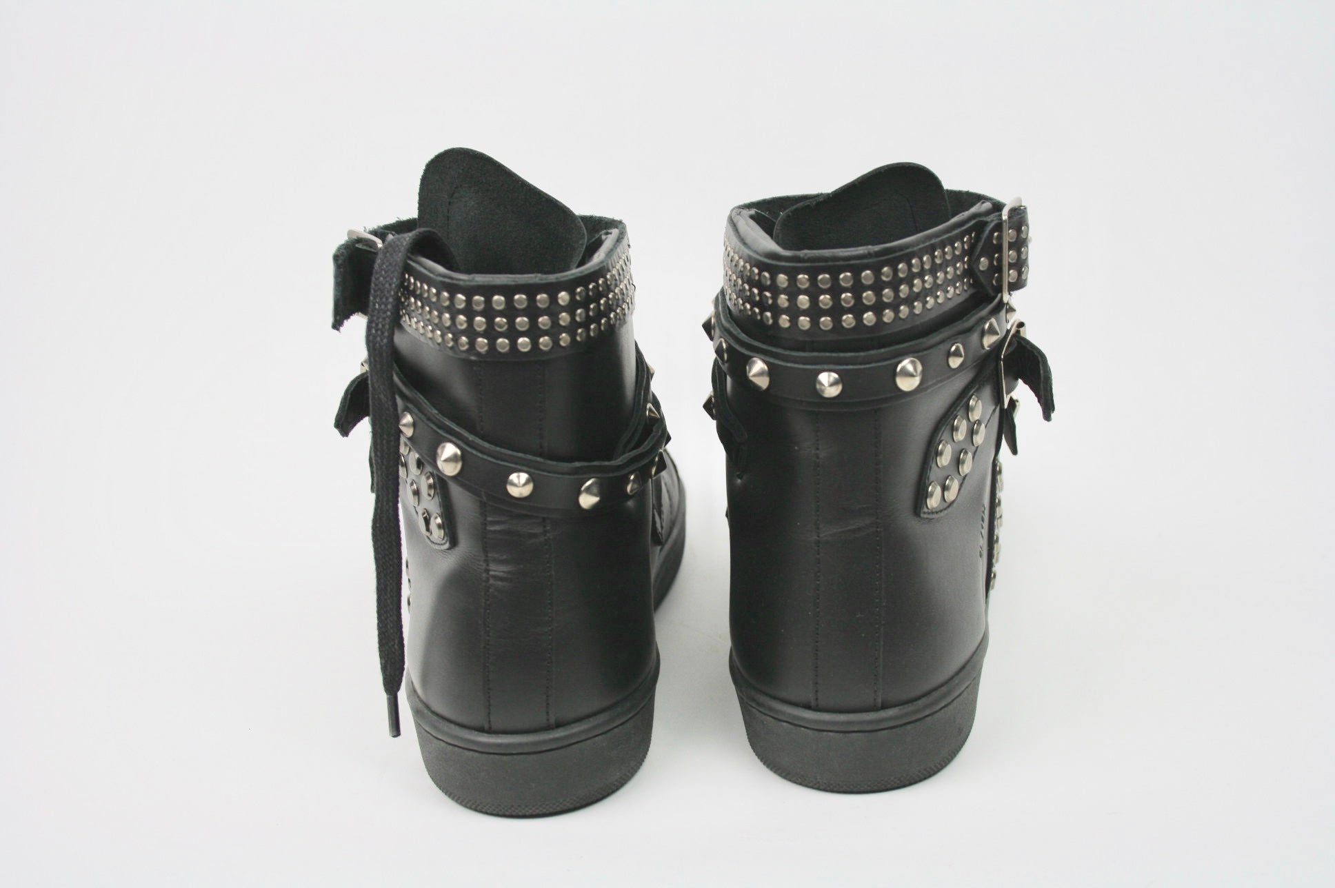 SAINT LAURENT booties 38,5 - Iconics Preloved Luxury