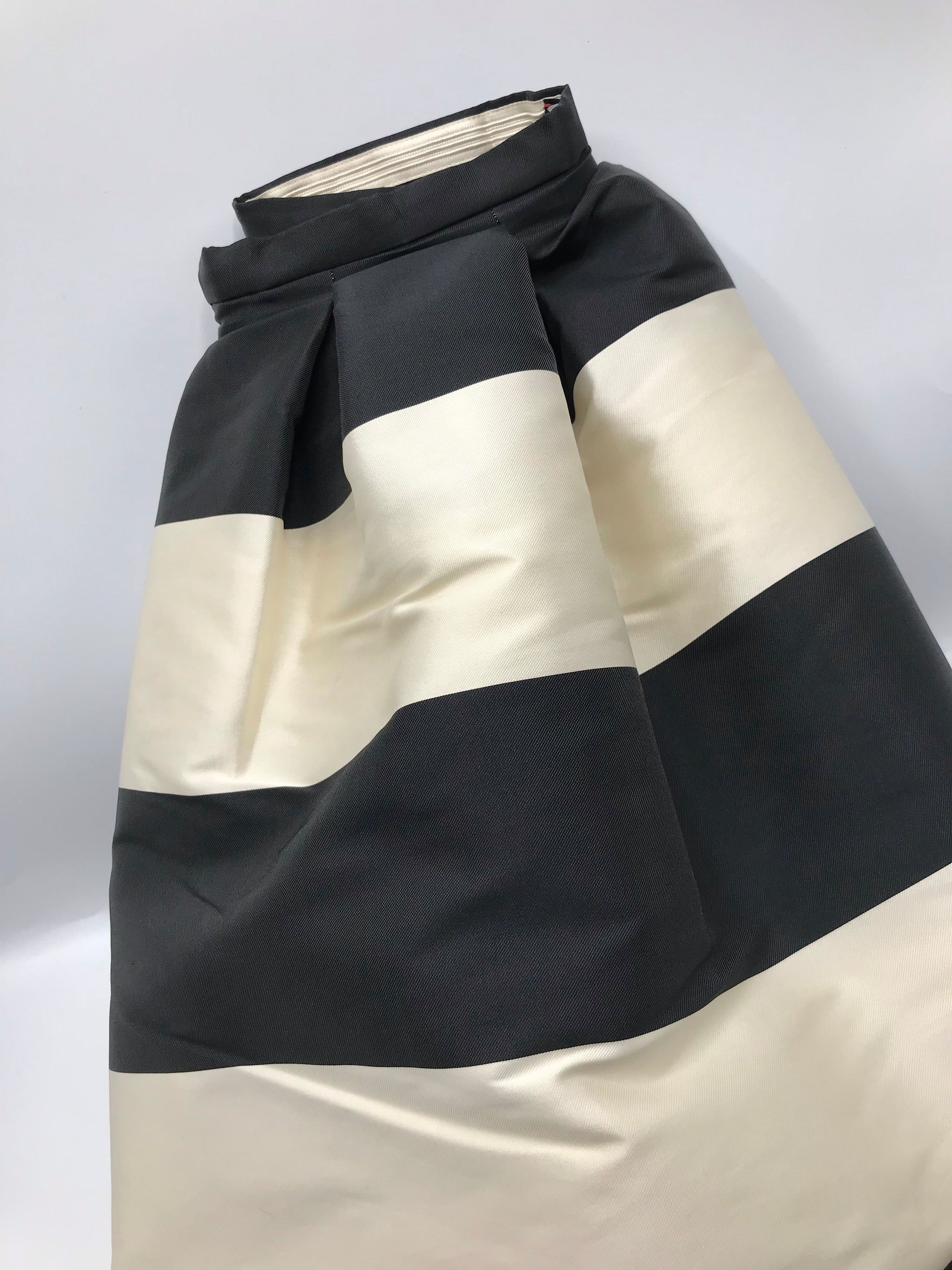Rochas pleated Skirt - Iconics Preloved Luxury