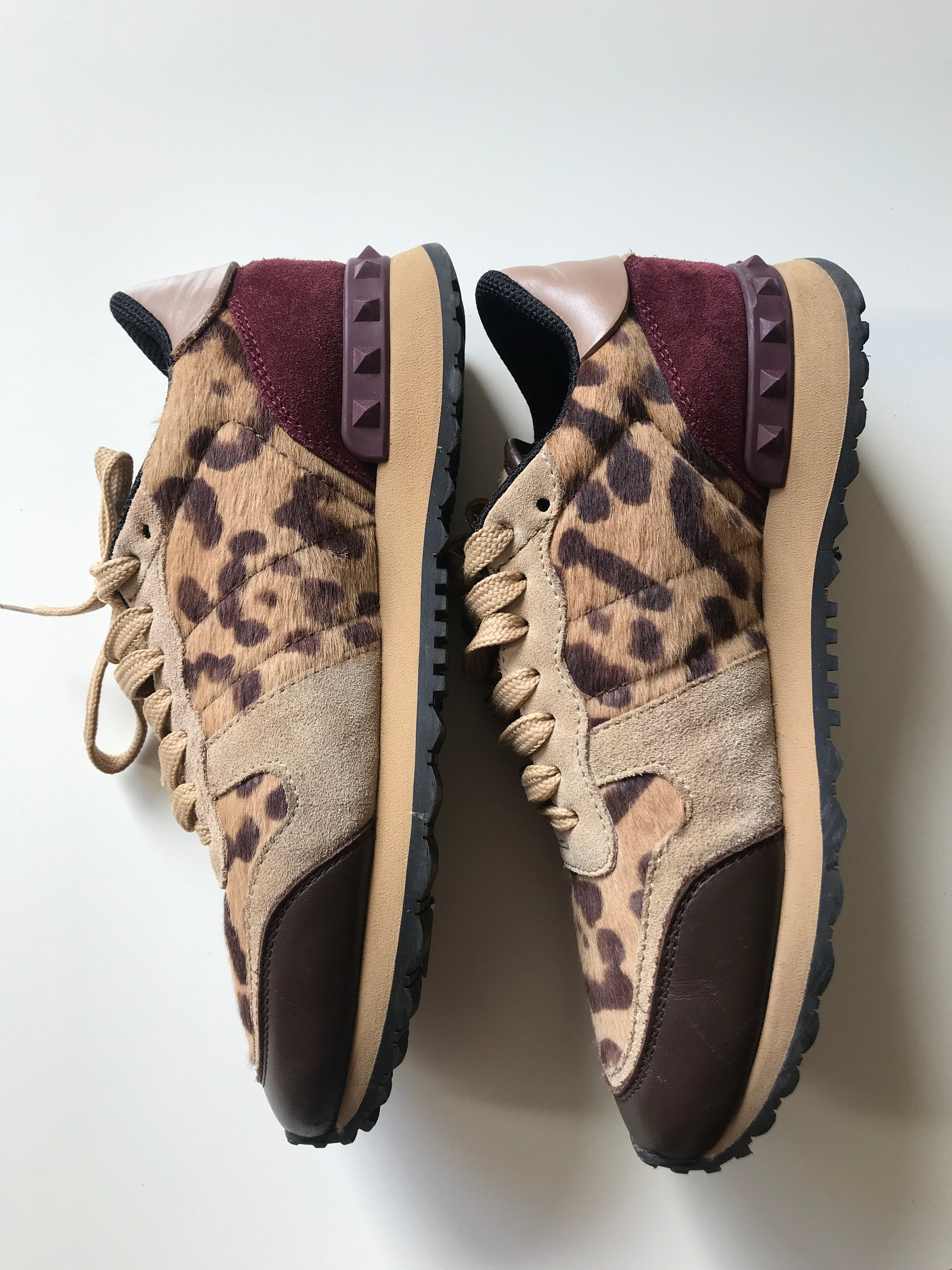 Valentino Sneakers 37,5 - Iconics Preloved Luxury