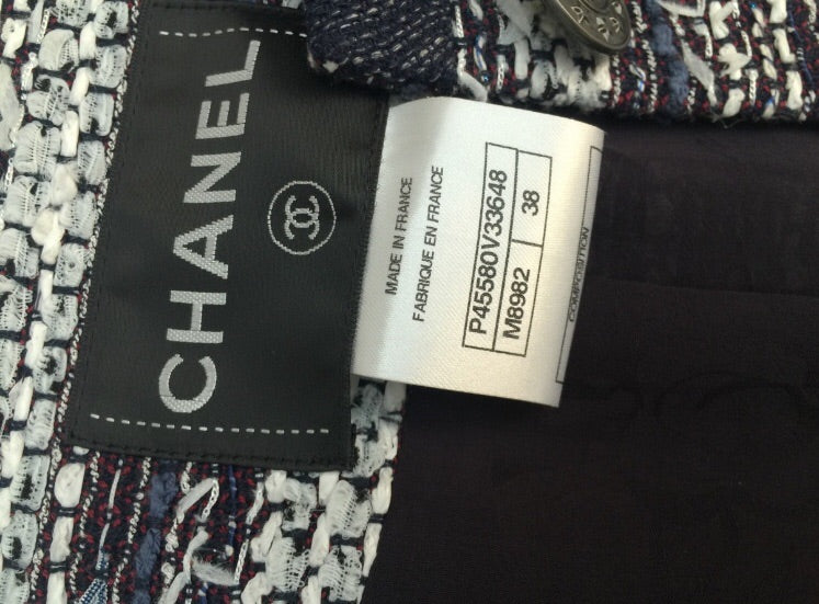 Chanel Tweed blazer 38 - Iconics Preloved Luxury
