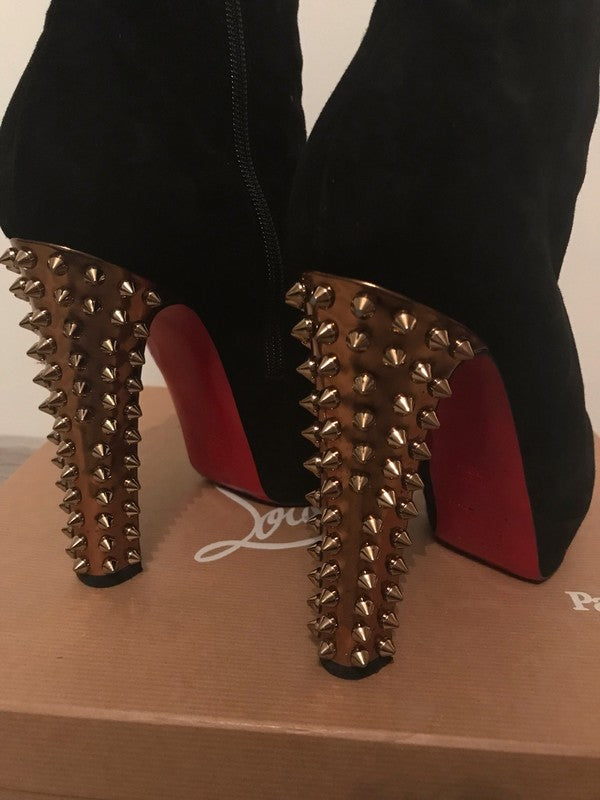 Christian Louboutin Taclou 38,5 - Iconics Preloved Luxury