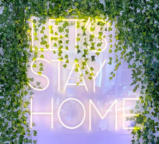 BEST-SELLER: LET'S STAY HOME