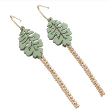 Load image into Gallery viewer, Pampa Earrings