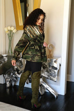 Load image into Gallery viewer, Camo Sequin Jacket