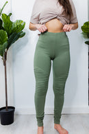 Mood Motto Leggings In OLIVE**
