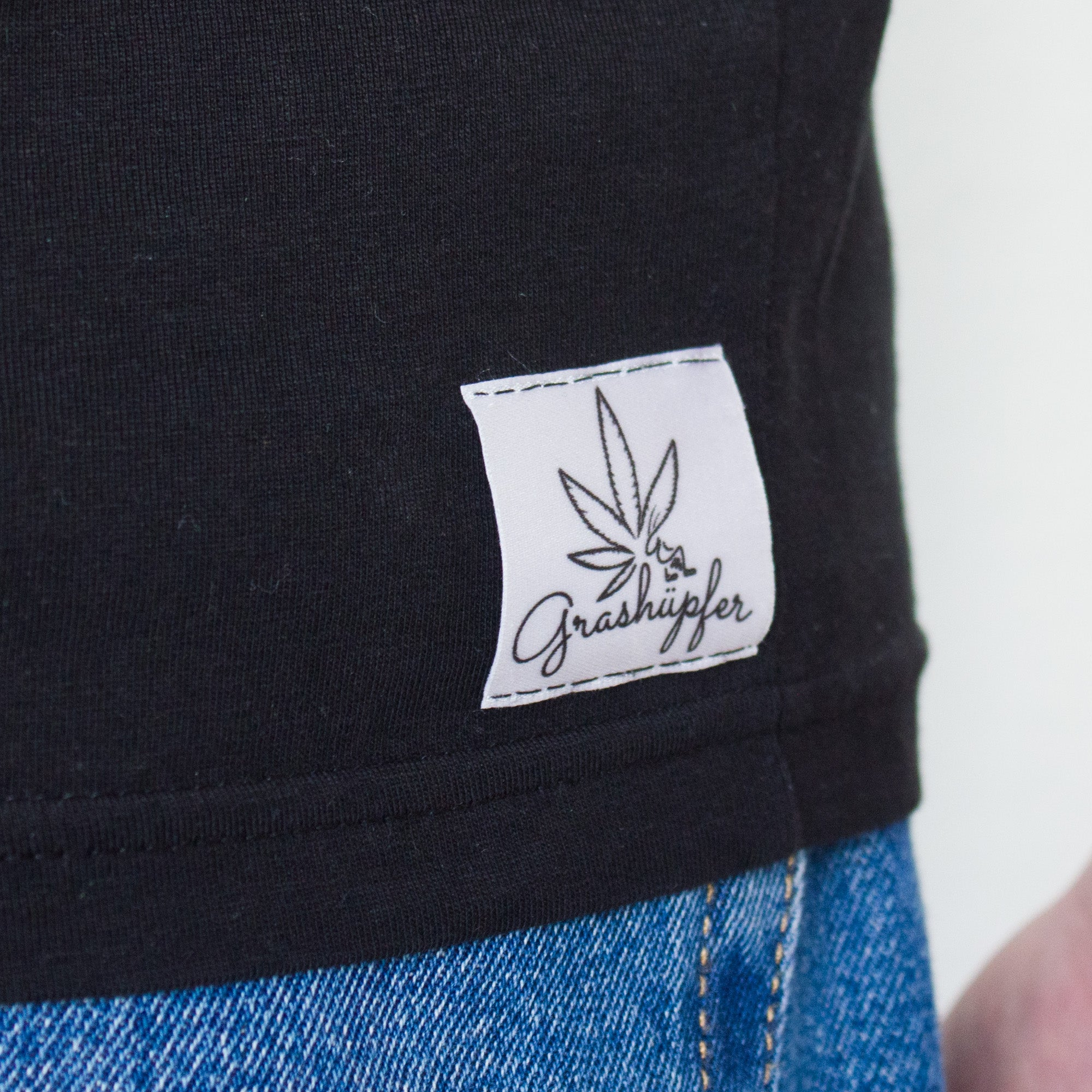 "Grashüpfer T-Shirt ""hemp leaf small"""