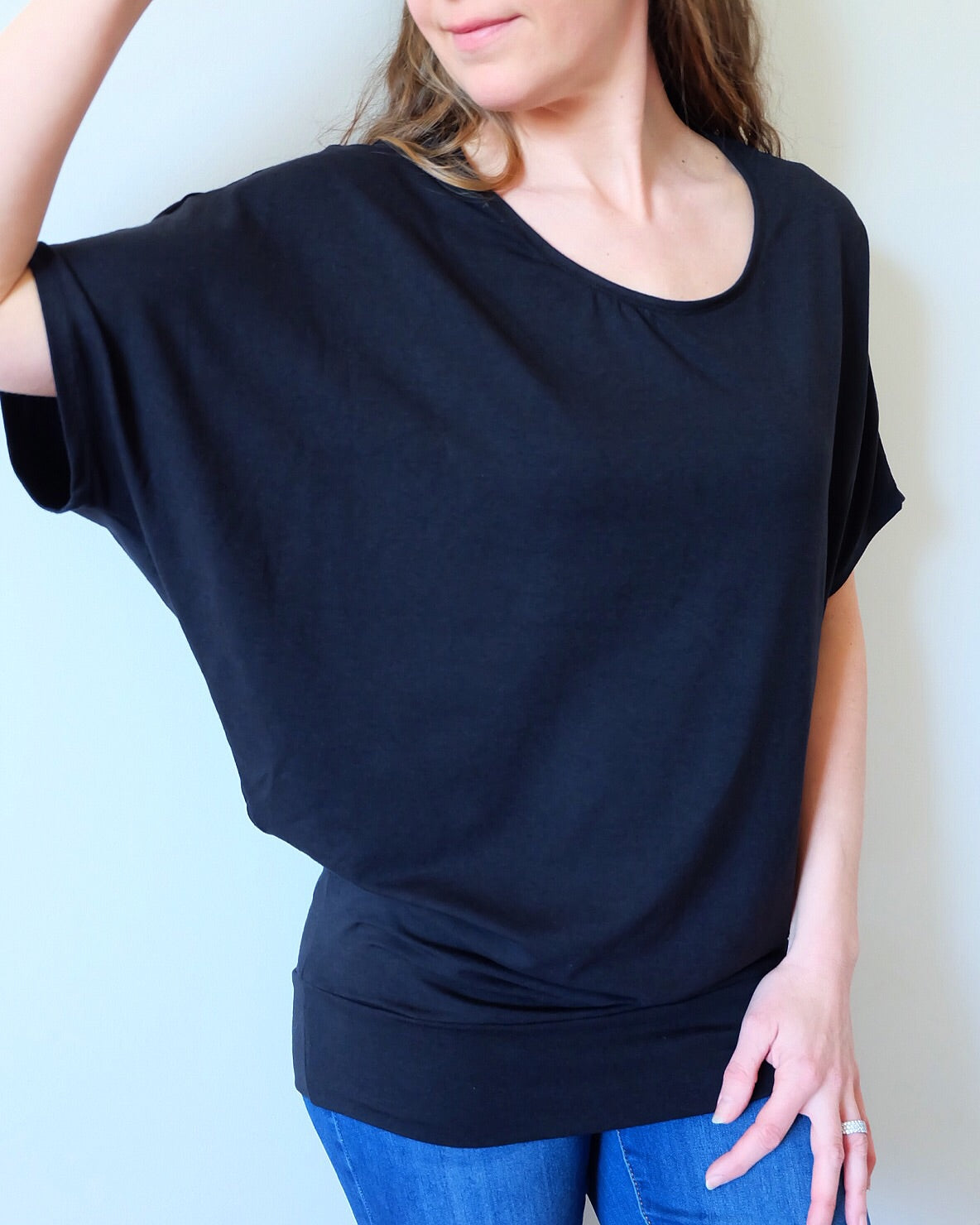 SHORT SLEEVE BATWING T-SHIRT