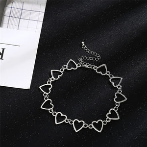 """LINKED"" CHOKERS"
