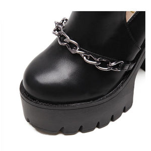 """CHAINED"" PLATFORMS"
