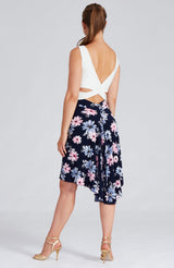 tango skirt with side slit in white daisy print