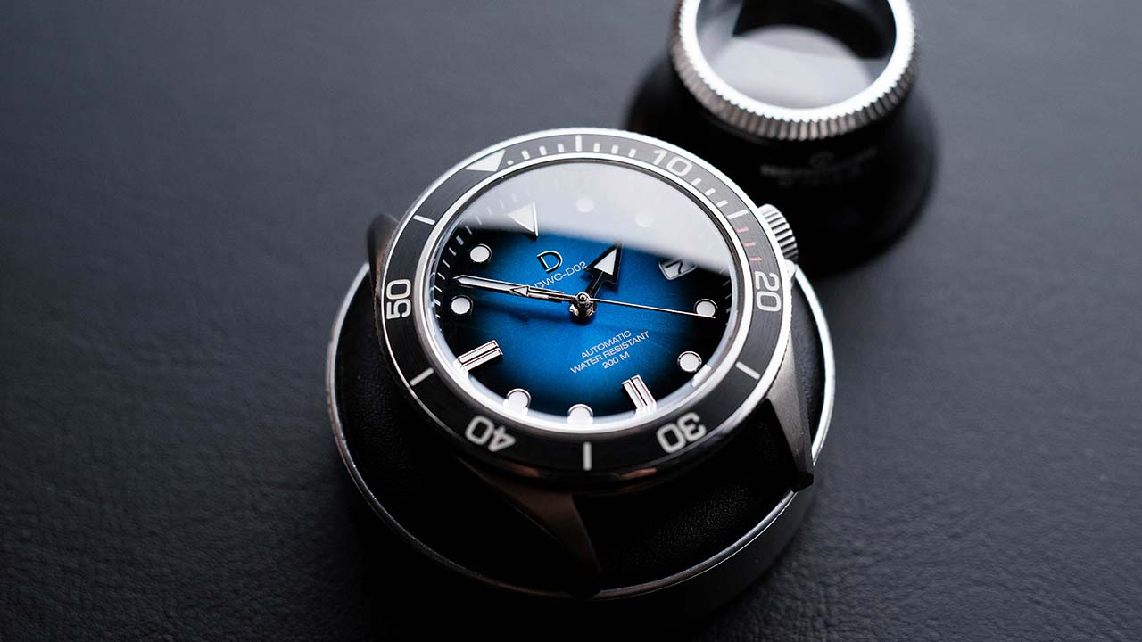 Seiko Mod compatible blue fume dial with a highly polished finish. Installed on our DWC-D01 diy diver