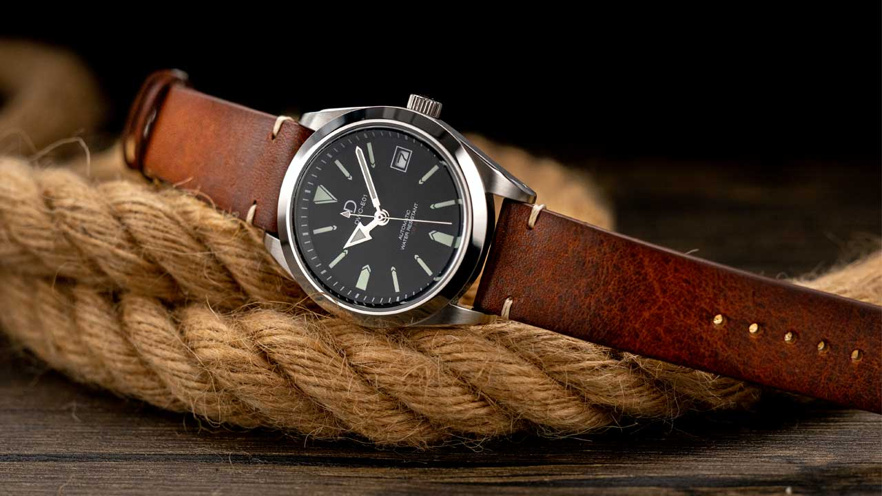 DIY explorer style watch with vintage calf leather strap