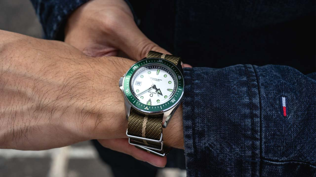Green bezel DIY dive watch with white dial