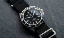 Load image into Gallery viewer, DWC D01 Lume Dial - Seiko NH35 with Date (PD-D01-NH35-BL)