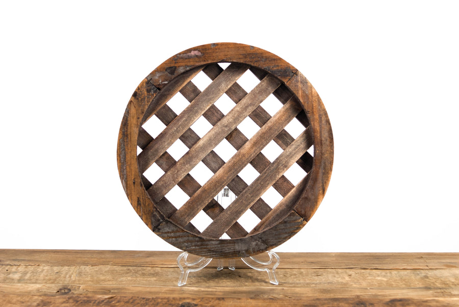 Tuscan Lattice Wood Charger