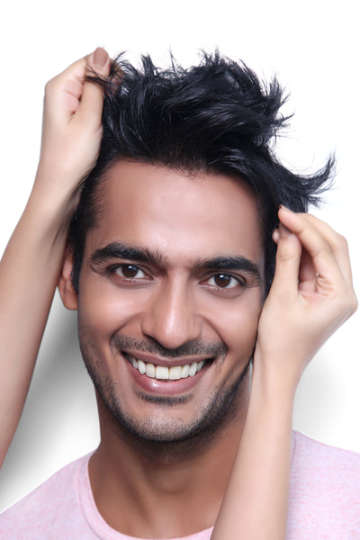 Know the basics of dandruff : Do you have it too?