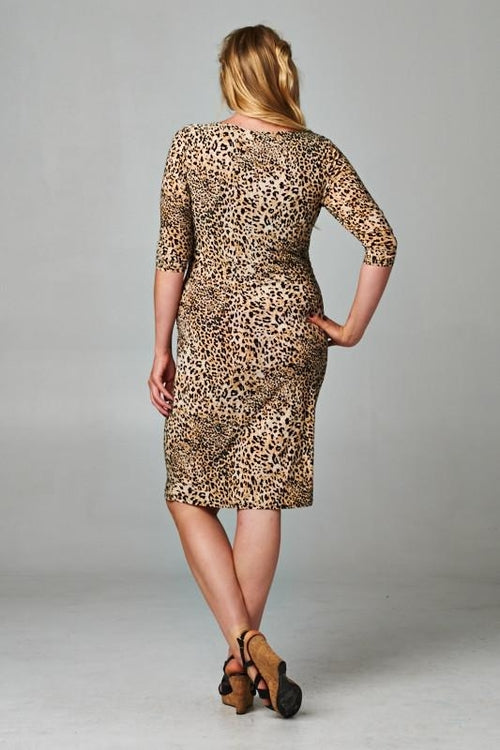 Women's Plus Size Boat Neck Leopard Printed Sheath