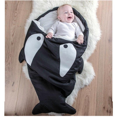 Winter Baby Strollers Bed Swaddle Blanket Wrap 2017 Fashion Cartoon Kids Sleeping Bag Inside Outside Cotton Shark Baby Bag