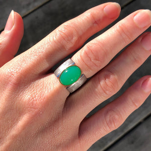 chrysoprase pyramid ring