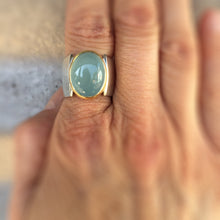 Load image into Gallery viewer, aquamarine pyramid ring
