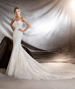"Pronovias ""Orilla"", Salon Sample"
