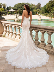 "Pronovias ""Princia"", Salon Sample"