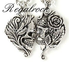 Lovers Leaf Flower Skull Pendant Necklace