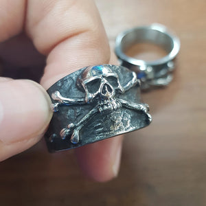 Best Seller Vintage 3D Skull & Crossbones Ring - Smelloncollie