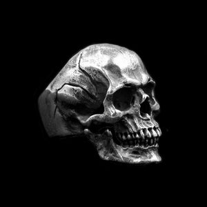 Intrinsic Skull Ring - Smelloncollie