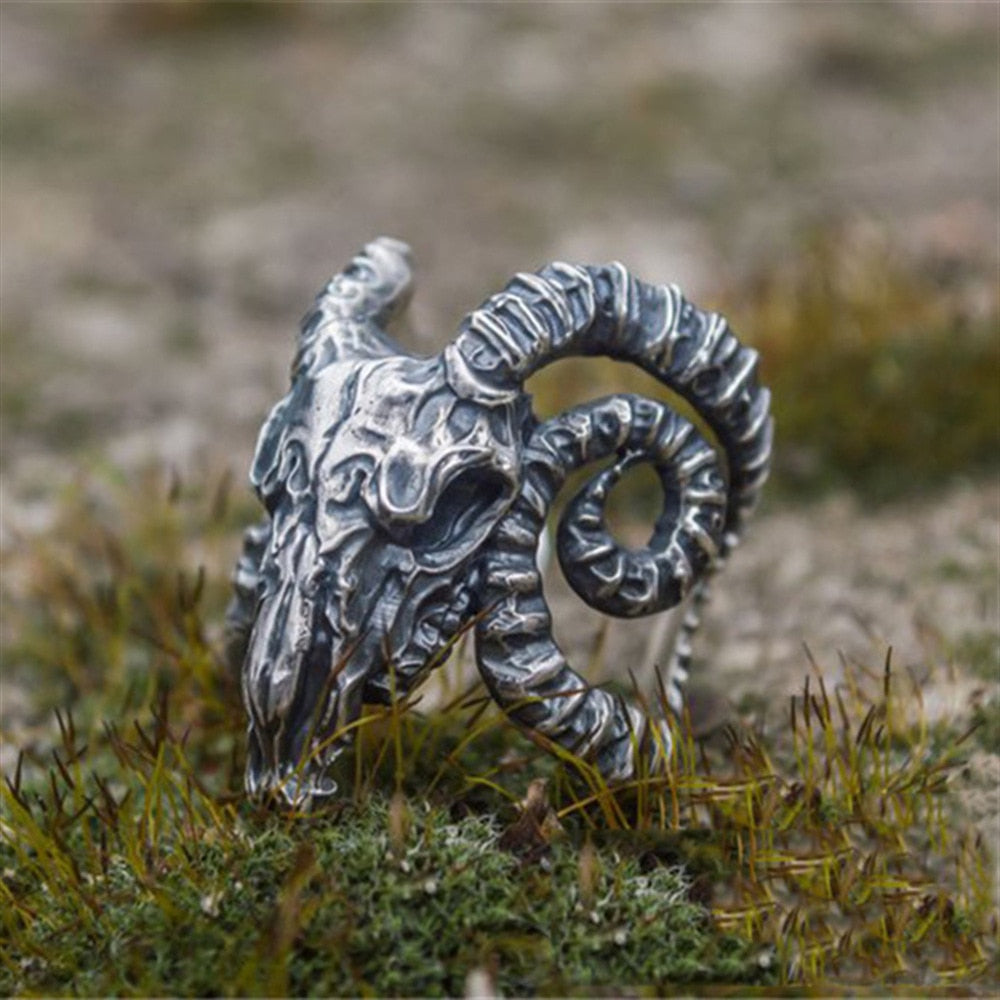 Vintage Domineering Goat Head Horn Rings Motorcycle Party Steampunk Adjustable Opening Animal Rings for Men Jewelry - Smelloncollie