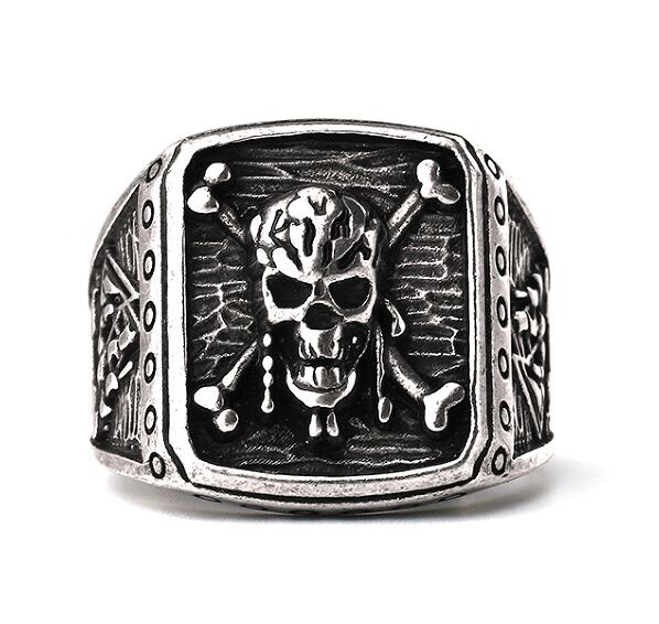 Pirate Skull Ring - Smelloncollie