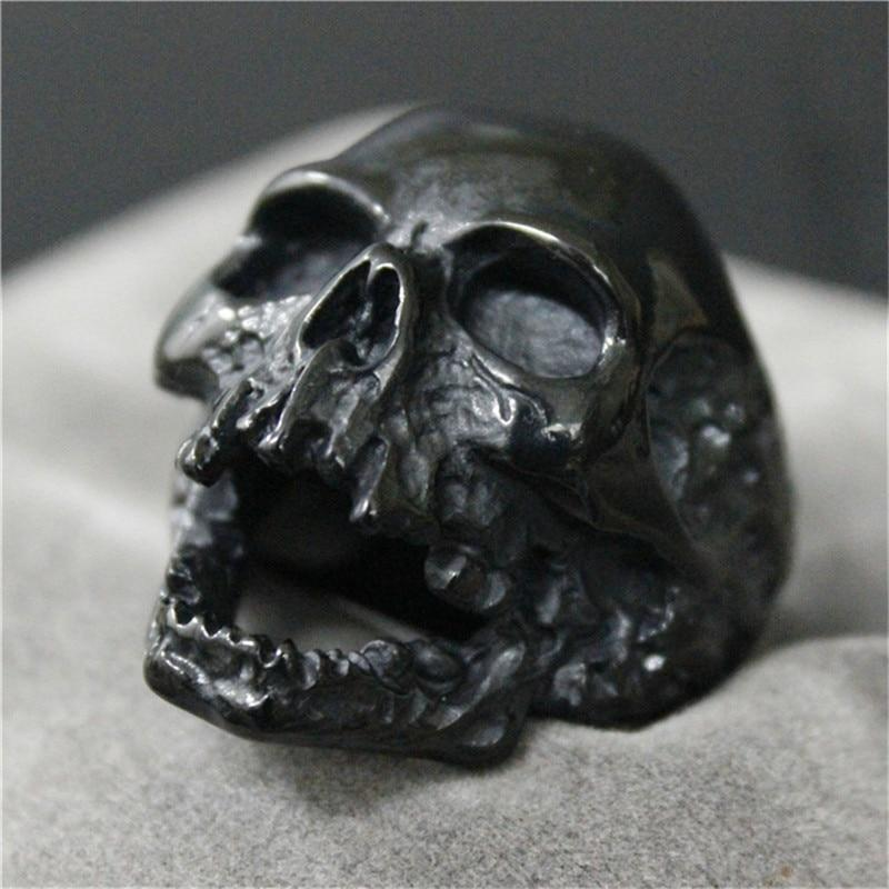 Dark Skull Ring - Smelloncollie
