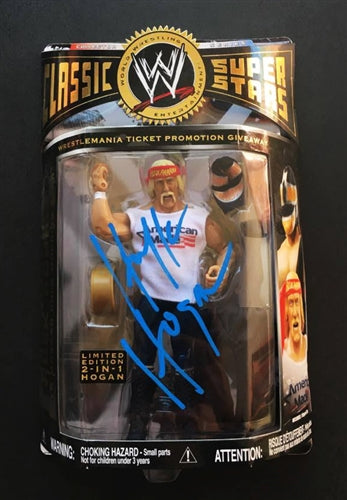 2 in 1 Limited Edition Hulk Hogan Signed Classic Super Stars Action Figure