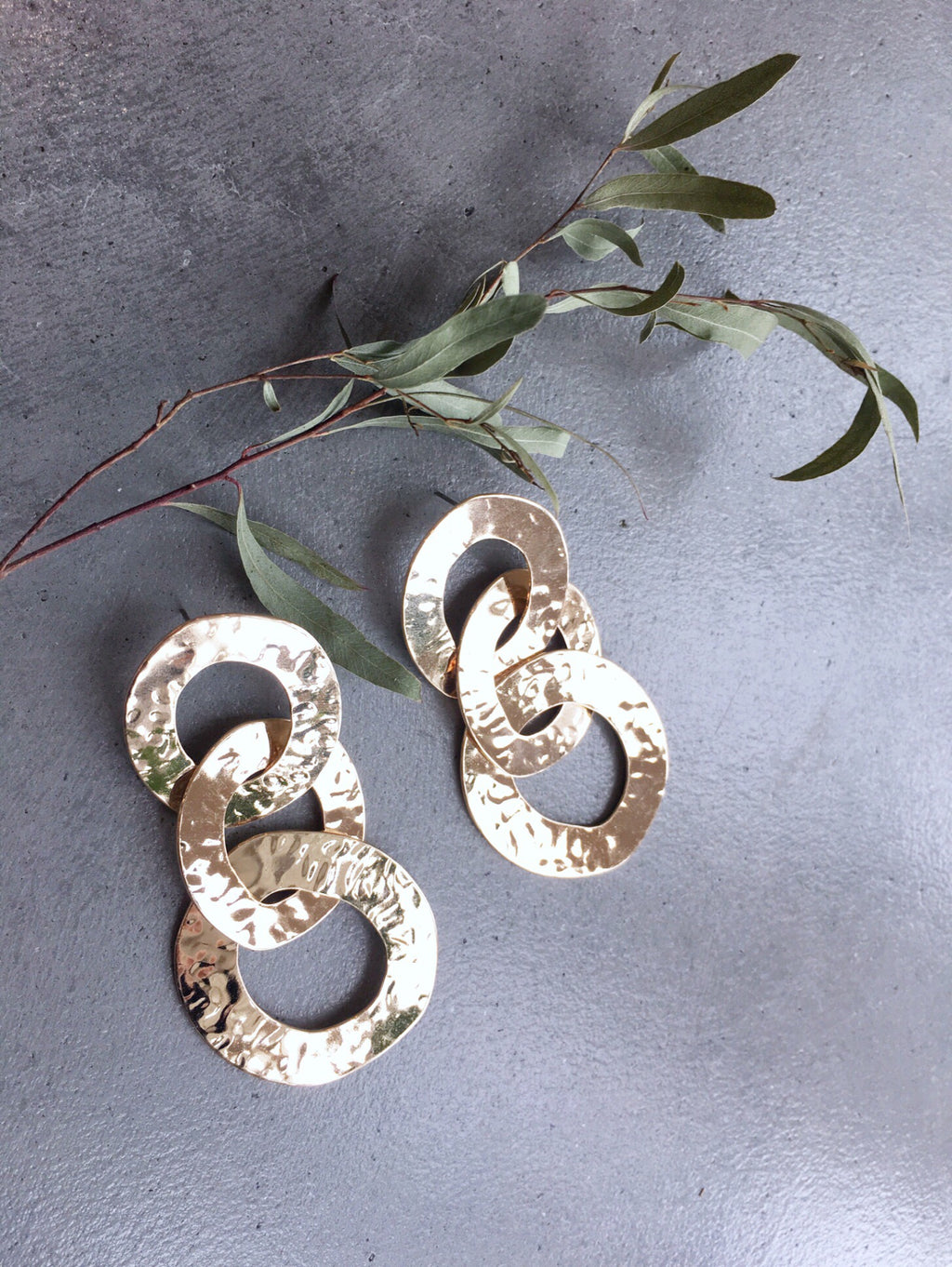 Hammered Link Hoop Earring