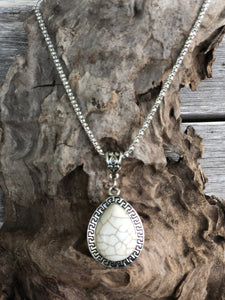 Silver Teardrop Stone Necklace Set