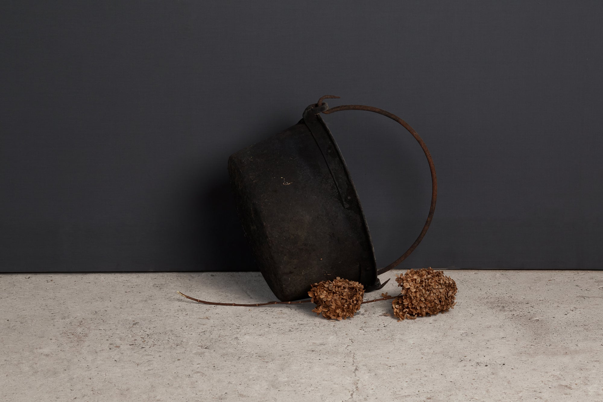 19th Century French Copper Farm Pot with Iron Handle