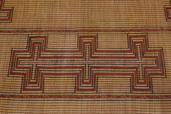 Tuareg Mat with Center Field Step Crosses with Crosses at Borders .............. (9'5'' x 12'6'')