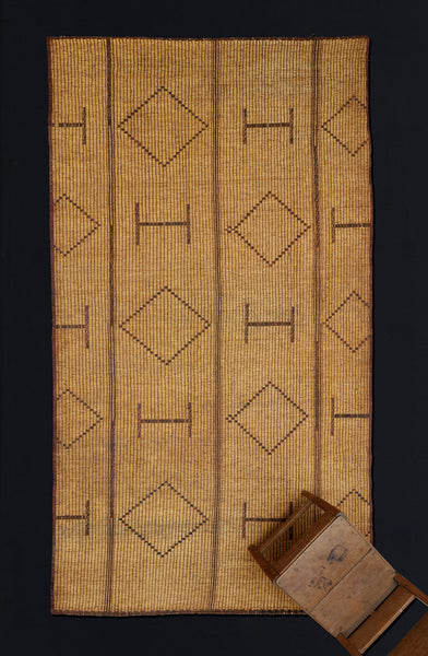 Early Tuareg Mat with H's & Diamonds .............. (6'3'' x 10'11'')
