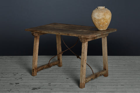 Late 17th/early 18th cenutry Spanish Table from Catalonia