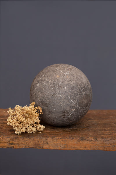Large Size Dark Coloured Hard Limestone Spheres