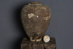 Very Large 16th Century Chinese Export Jar found off the Coast of Sumatra