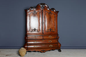 Early 18th cent Dutch Linen Press