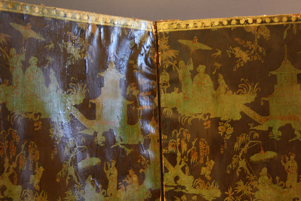 18th Century English Chinoiserie Wallpaper Screen