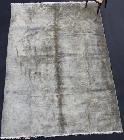 Large Silvery Grey Solid Field Sparta Carpet